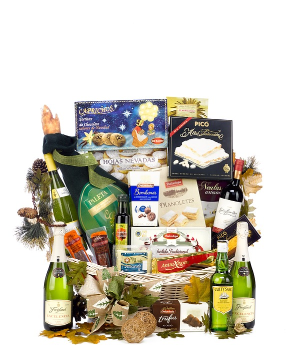 christmas-hamper-2422305_960_720